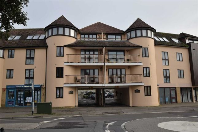 Thumbnail Flat to rent in Old Milton Road, New Milton