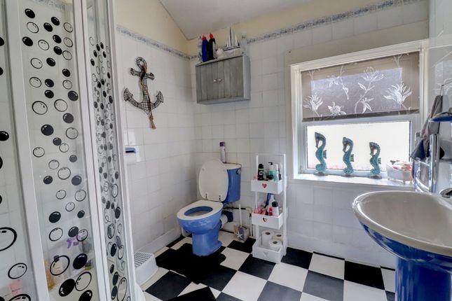 Cottage, Bathroom