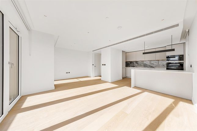Thumbnail Flat to rent in Fountain Park Way, London