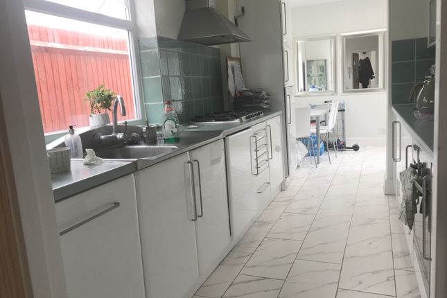 Thumbnail Semi-detached house to rent in Courtlands Drive, Watford