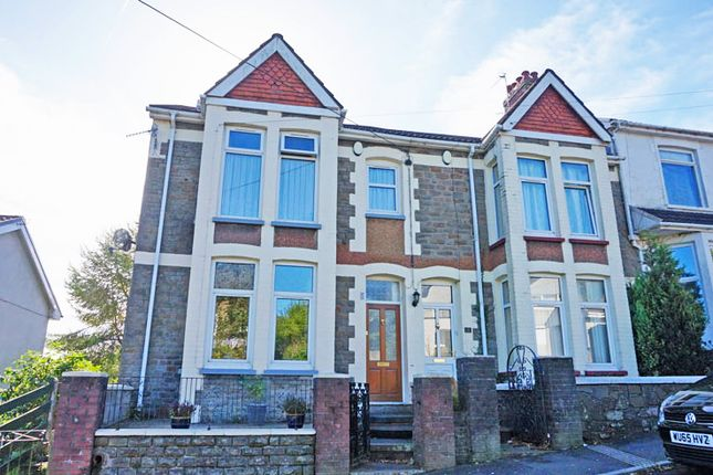 Thumbnail Semi-detached house for sale in Kings Hill, Hengoed