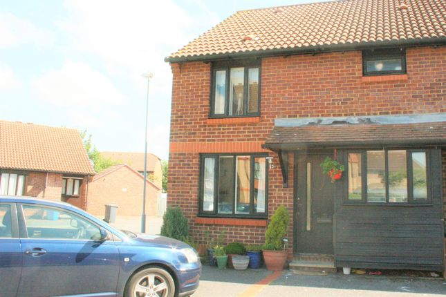 Thumbnail Property to rent in Cobb Close, Datchet, Slough