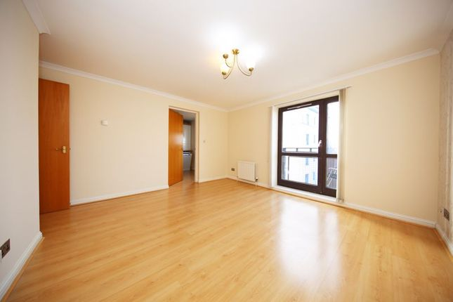 Living Room of Thorter Row, Dundee DD1