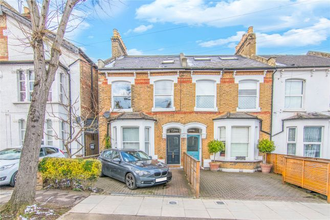 Picture No. 39 of Whittington Road, Bowes Park, London N22