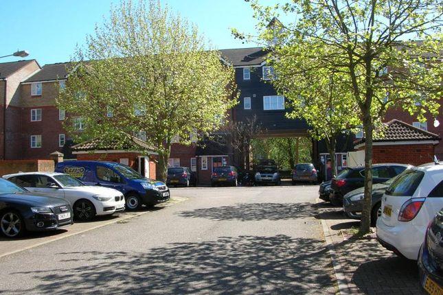 Thumbnail Flat for sale in Webley Court, Sten Close, Enfield