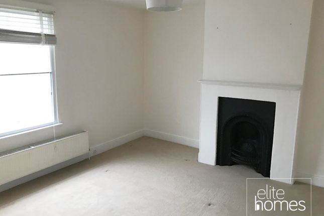 Thumbnail Terraced house to rent in Cockfosters Road, London