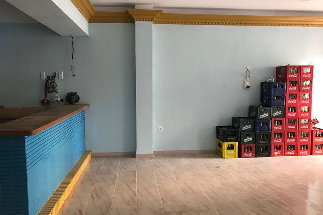 Thumbnail Pub/bar for sale in Paseo Maritimo, 125, 29640 Fuengirola, Málaga, Fuengirola, Málaga, Andalusia, Spain