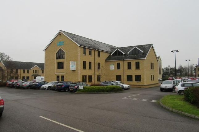 Office to let in Cirencester Office, Tetbury Road, Cirencester