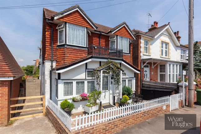 Thumbnail Detached house for sale in Chepbourne Road, Bexhill-On-Sea
