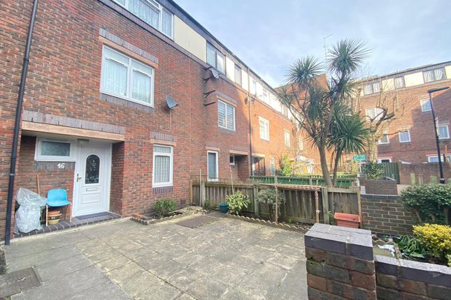 3 bed town house for sale in Crofts Street, London E1