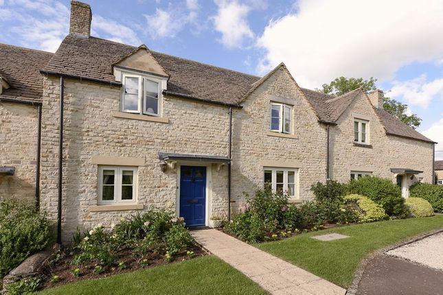 2 bed cottage for sale in East Allcourt, Lechlade GL7
