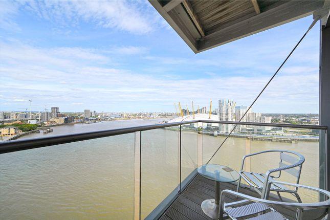 Balcony of New Providence Wharf, 1 Fairmont Avenue, London E14