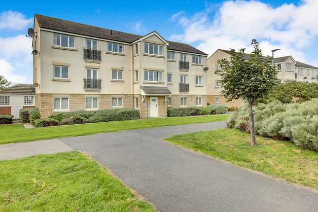 Thumbnail Flat to rent in Viking Court, Blyth