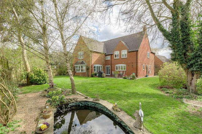 Thumbnail Detached house for sale in Hunters Moon, Flecknoe, Rugby