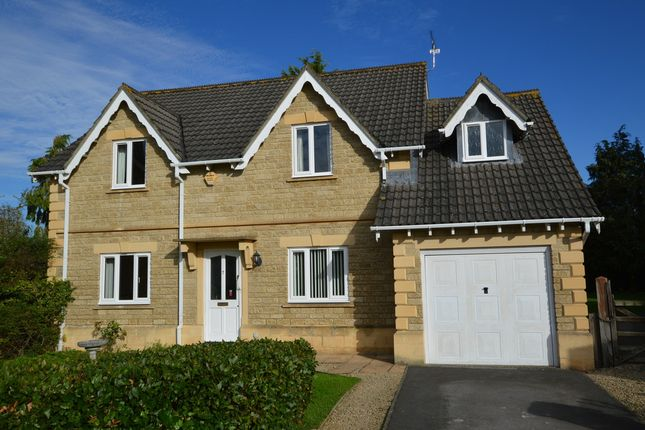 Thumbnail Detached house for sale in New Lawns, Melksham
