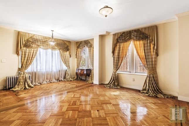 3 bed town house for sale in 717 East 53rd Street, Brooklyn, New York, United States Of America