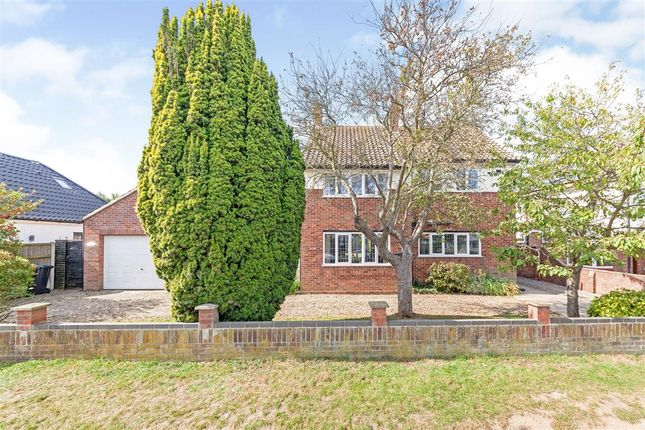 Thumbnail Detached house for sale in Lynn Grove, Gorleston, Great Yarmouth