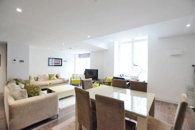 Thumbnail Flat for sale in Marconi House, Strand, London