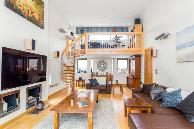 Thumbnail Detached house for sale in Paddock Way, Putney, London