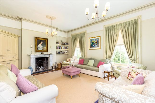 Thumbnail Terraced house for sale in Milverton Crescent, Leamington Spa, Warwickshire