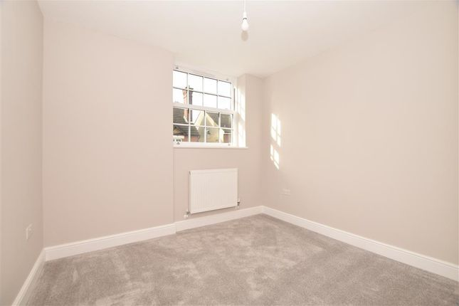 Bedroom 3 of High Street, Snodland, Kent ME6