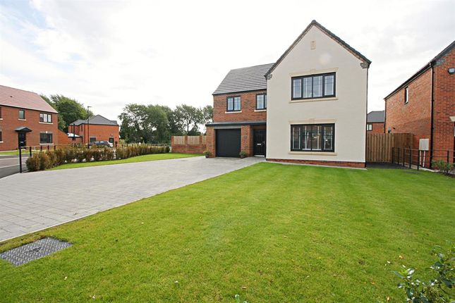Thumbnail 4 bed detached house for sale in Barn Close, Killingworth, Newcastle Upon Tyne