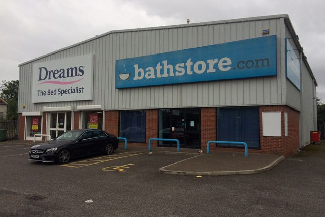 Thumbnail Retail premises to let in Ormskirk Road, Aintree