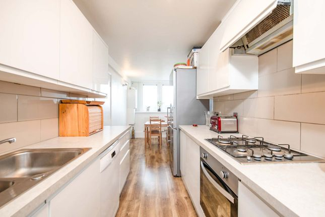 3 bed flat for sale in Six Acres Estate, London N4