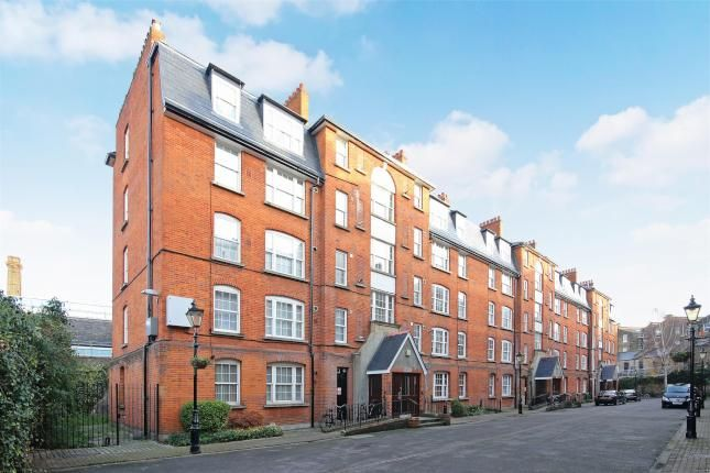 Thumbnail Flat to rent in Flat 4, Block C, London