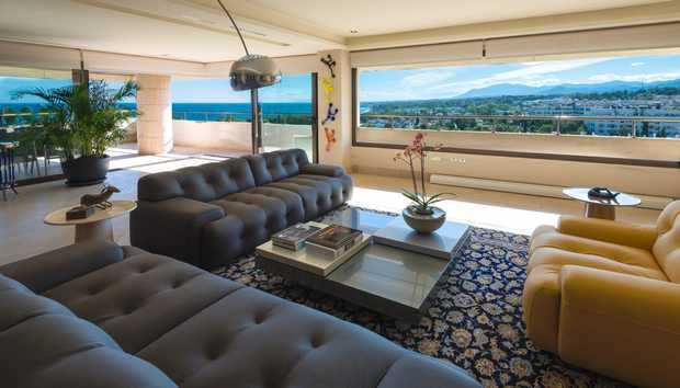 Thumbnail Apartment for sale in Marbella Centro, Marbella, Costa Del Sol
