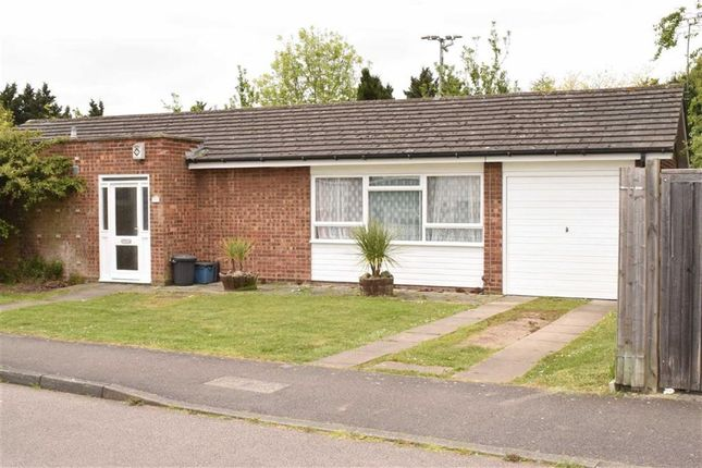 Thumbnail Bungalow to rent in Long Green, Chigwell IG7, Essex,