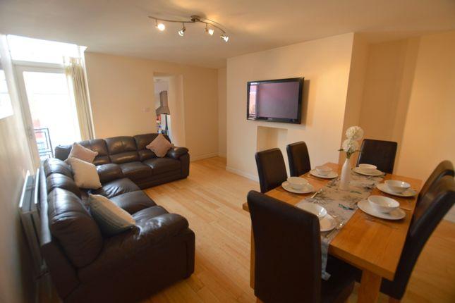 Thumbnail Maisonette to rent in King John Street, Heaton, Newcastle Upon Tyne
