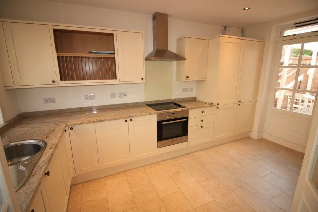 Thumbnail Mews house to rent in Trinity Street, Leamington Spa