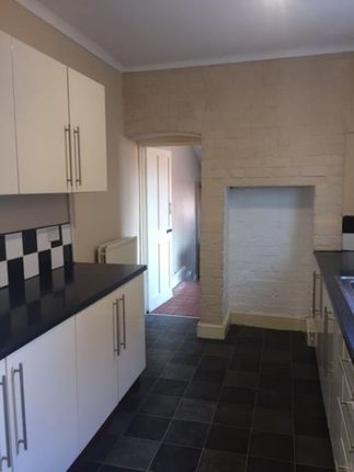 Thumbnail Terraced house to rent in Claremont Road, Rugby, Warwickshire