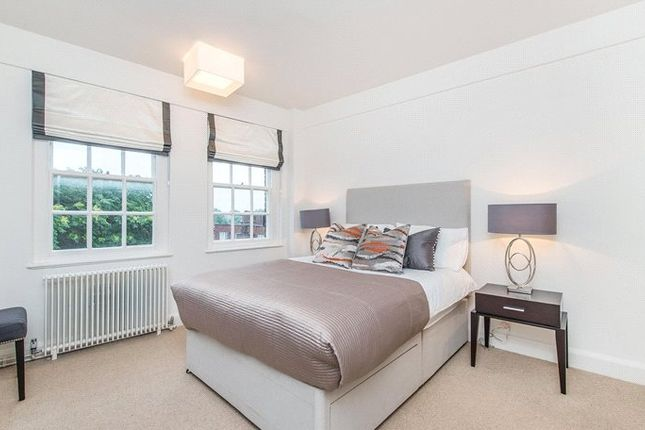 1 bed flat to rent in Pelham Court, 145 Fulham Road, Chelsea, London