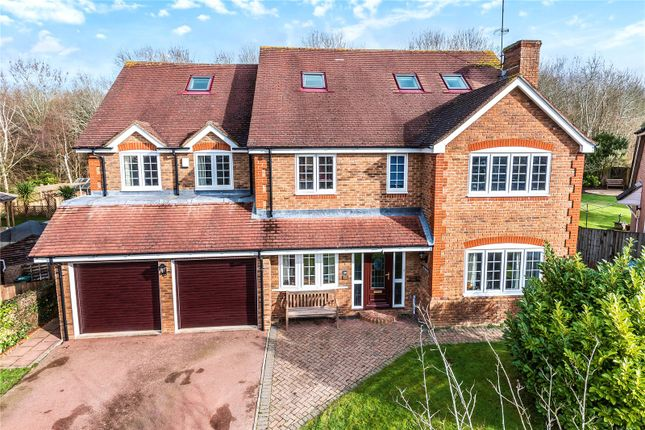 Thumbnail Detached house for sale in Avebury Close, Horsham, West Sussex