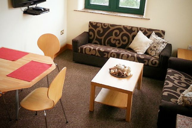 Thumbnail Flat to rent in West End House, Legrams Lane, University