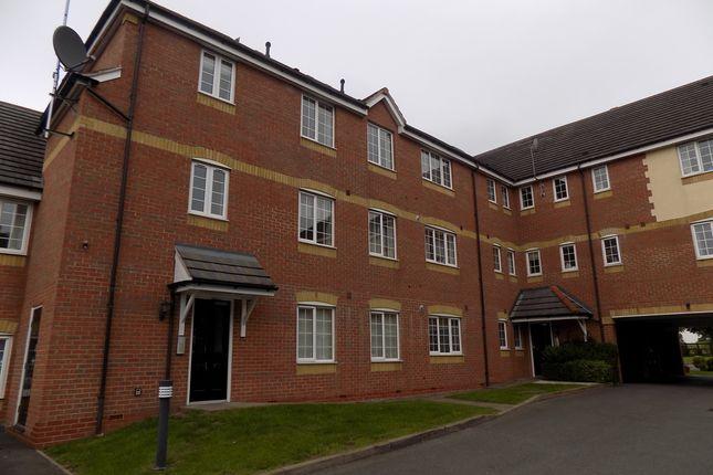 Thumbnail Flat to rent in Birchfield Close, Two Gates, Tamworth