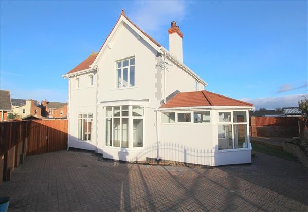 Thumbnail Property for sale in Clive Lodge, Southport