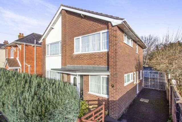 Thumbnail Detached house for sale in Kinsbourne Avenue, Bournemouth