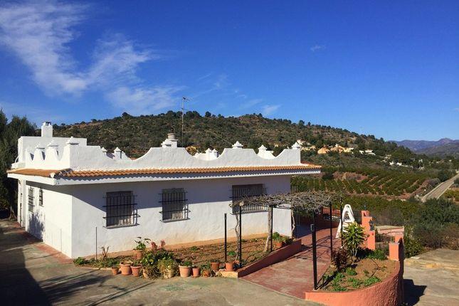 Villa for sale in Estivella, Valencia, Spain