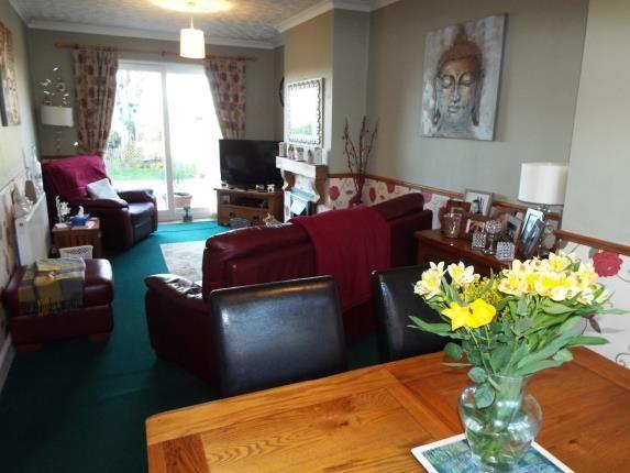 Lounge Diner of Brooms Road, Luton, Bedfordshire LU2