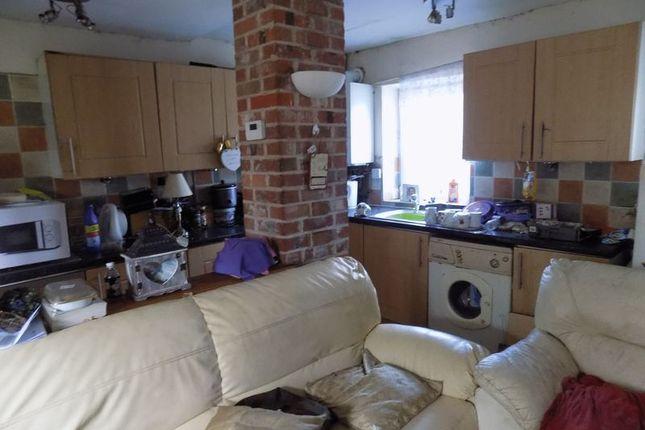 Kitchen of Independent Street, Bradford BD5