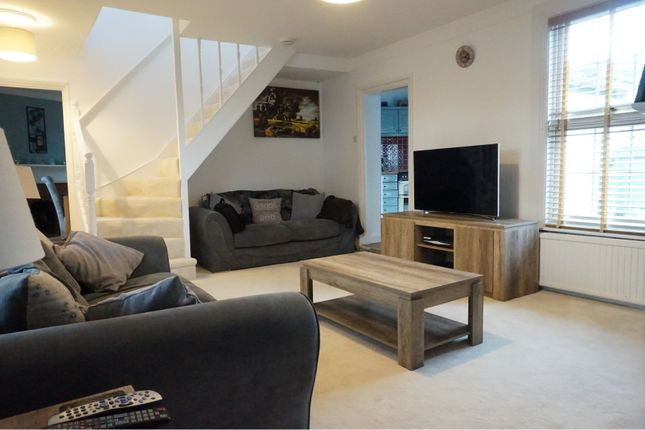Living Area of Holmlea Road, Slough SL3