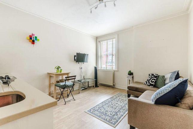 2 bed flat for sale in Chiltern Street, Baker Street, London W1U