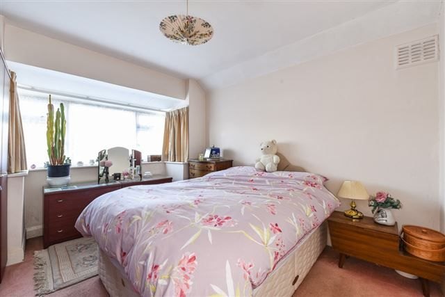 Bedroom 1 of Briar Avenue, West Wittering, Chichester PO20