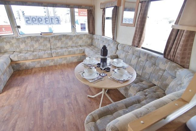 Mobile/park home for sale in Ty Mawr, Towyn