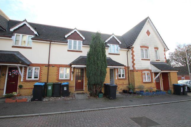 Thumbnail Property to rent in Bencroft, Adeyfield, Hemel Hempstead