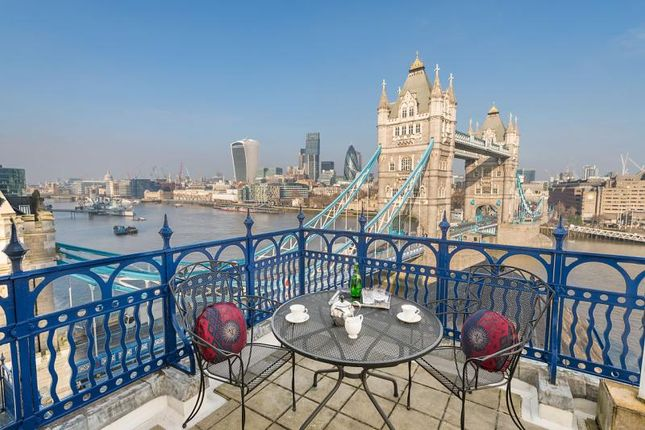 Flat for sale in The High Command, Anchor Brewhouse, 50 Shad Thames, London