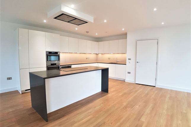 Thumbnail Flat to rent in Bach House, 50 Wandsworth Road, Nine Elms, London